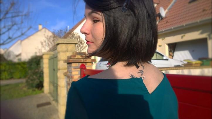 tenue de fête tatouage dos