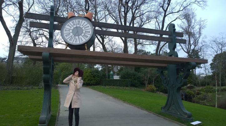 Week end à Nantes - Jardin des plantes - Manteau rose - art contemporain