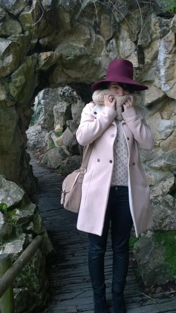 Week end à Nantes - Jardin des plantes - Manteau rose - j'ai froid